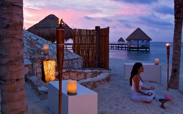 Hotel Grand Oasis Tulum, espacio ideal para practicar yoga