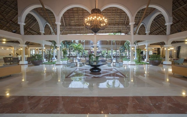 Hotel Grand Palladium Colonial Resort and Spa, atención personalizada desde el inicio de tu estancia