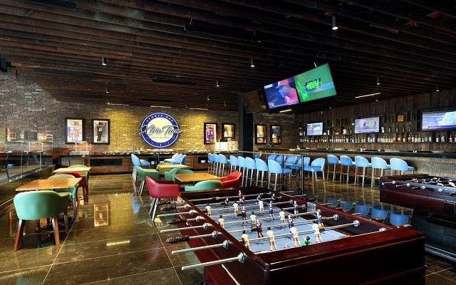 Hotel Grand Palladium Costa Mujeres Resort and Spa, sport bar