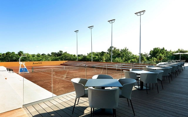 Hotel Grand Palladium Costa Mujeres Resort and Spa, cancha de tenis