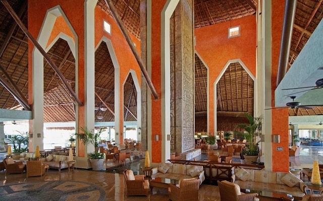 Hotel Grand Palladium White Sand Resort and Spa, buen servicio