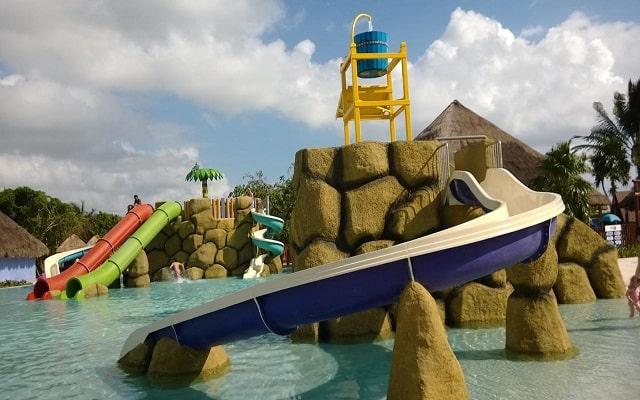 Hotel Grand Palladium White Sand Resort and Spa, parque acuático