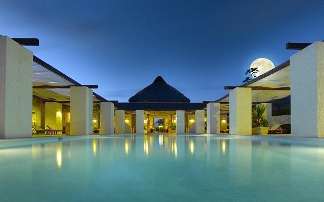 Hotel Grand Palladium White Sand Resort and Spa, noches inolvidables