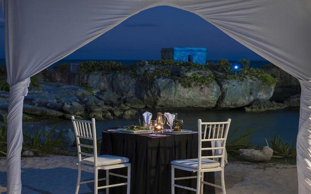 Hotel Grand Sirenis Riviera Maya, cena romántica