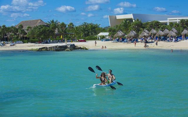 Hotel Grand Sirenis Riviera Maya, diviértete haciendo kayak