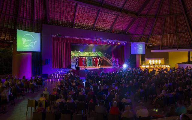 Hotel Grand Sirenis Riviera Maya, entretenimiento nocturno