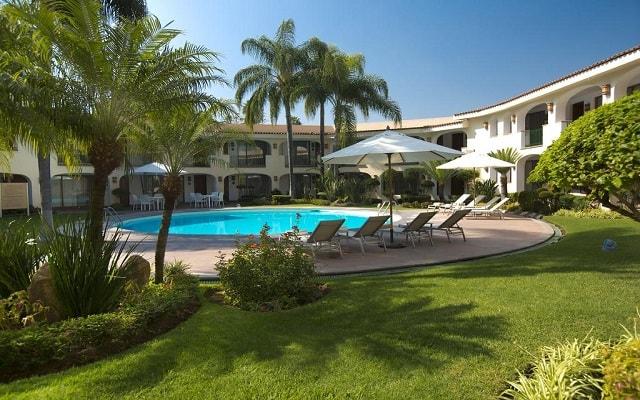 Hotel Guadalajara Plaza Ejecutivo López Mateos, disfruta de su alberca al aire libre