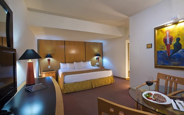 Hotel Guadalajara Plaza Ejecutivo López Mateos, espacios acondicionados para tu descanso