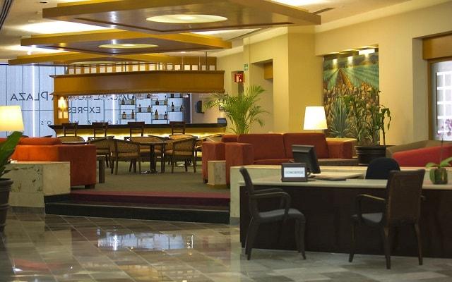 Hotel Guadalajara Plaza Ejecutivo López Mateos, cuenta con centro de negocios