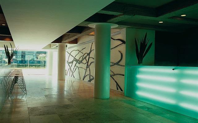 Hotel Habita, Lobby