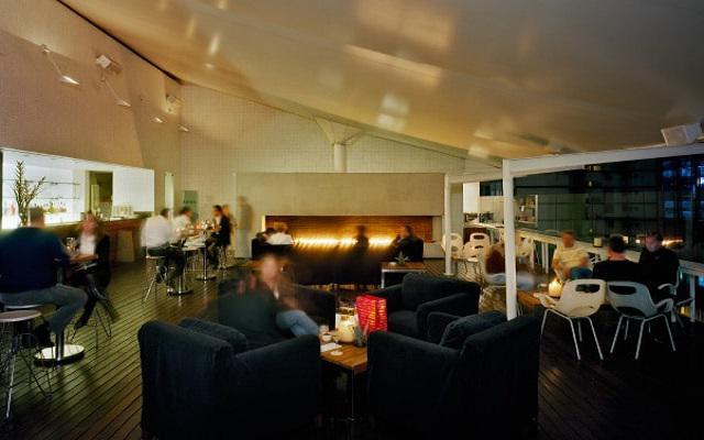 Hotel Habita, disfruta una copa en buena compañía