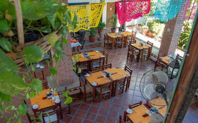 Hotel Hacienda de Vallarta Las Glorias, disfruta tus alimentos en ambientes acogedores