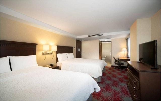 Hotel Hampton Inn and Suites Ciudad de México Centro Histórico, amplias y luminosas habitaciones