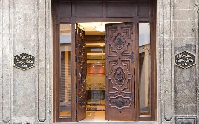Hotel Hampton Inn and Suites Ciudad de México Centro Histórico, buena ubicación