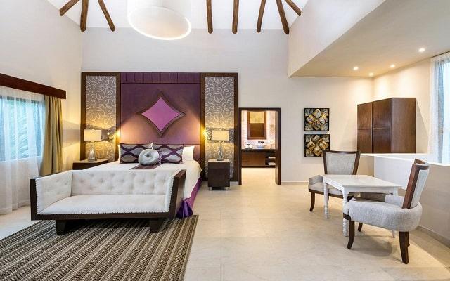 Hotel Hidden Beach Resort Au Naturel, by Karisma, diseño y confort
