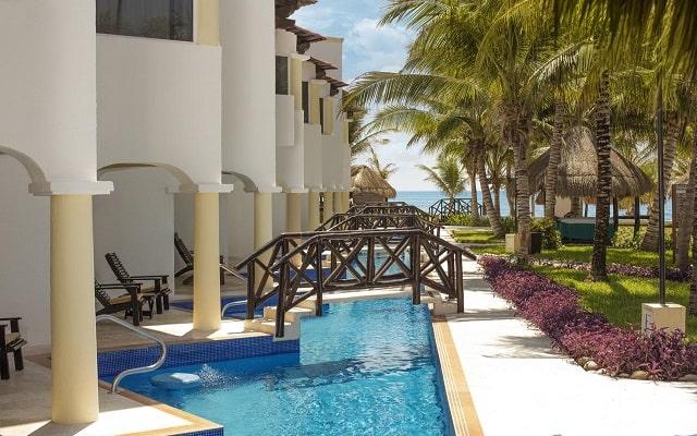 Hotel Hidden Beach Resort Au Naturel, by Karisma, habitaciones con acceso directo a la alberca