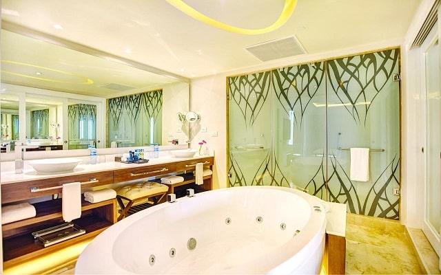Hotel Hideaway at Royalton Riviera Cancún Sólo Adultos, amenidades de calidad