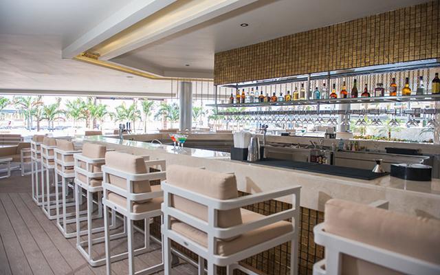 Hotel Hideaway at Royalton Riviera Cancún Sólo Adultos, buen servicio