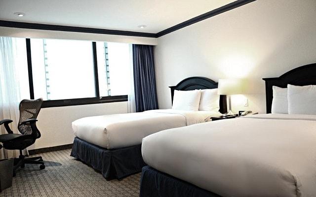 Hotel Hilton Mexico City Airport, habitaciones cómodas y acogedoras