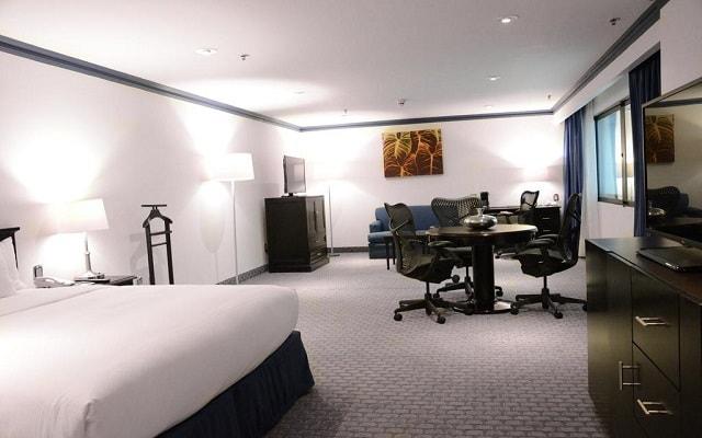 Hotel Hilton Mexico City Airport, habitaciones bien equipadas
