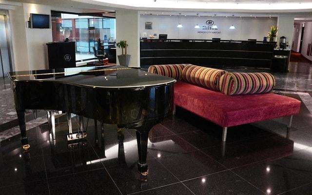 Hotel Hilton Mexico City Airport, lobby