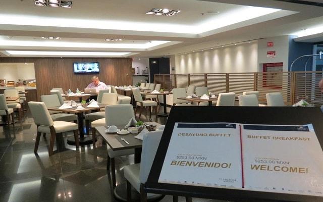 Hotel Hilton Mexico City Airport, escenario ideal para tus alimentos