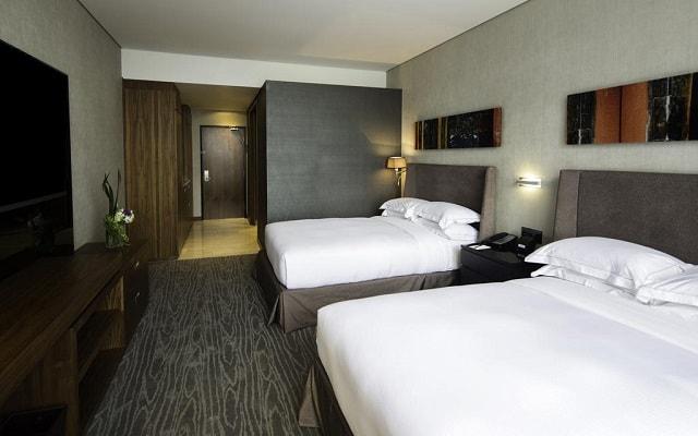 Hotel Hilton Mexico City Santa Fe, amplias y luminosas habitaciones