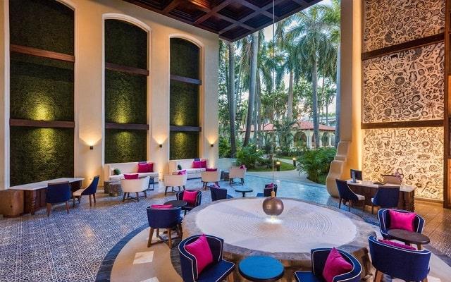 Hotel Hilton Puerto Vallarta Resort All Inclusive, atención personalizada desde el inicio de tu estancia