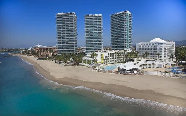 Hotel Hilton Puerto Vallarta Resort All Inclusive, buena ubicación