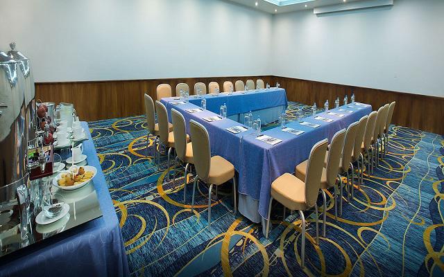 Realiza tus reuniones de negocios en la propiedad
