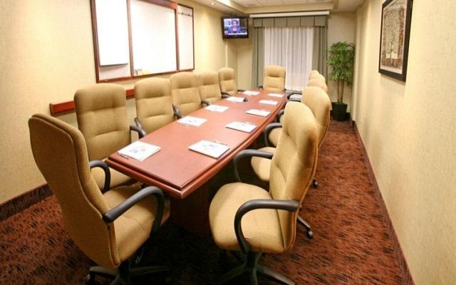 Hotel Holiday Inn Express & Suites Monterrey Aeropuerto, sala de juntas