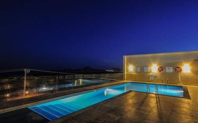 Hotel Holiday Inn Express Cabo San Lucas, noches inolvidables