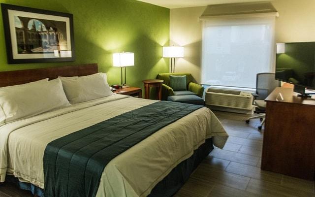 Hotel Holiday Inn Express Guadalajara Aeropuerto, habitaciones bien equipadas