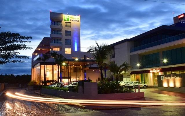 Hotel Holiday Inn Express Puerto Vallarta en Marina Vallarta