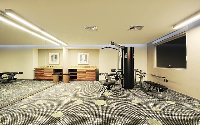 Hotel Holiday Inn Express Puerto Vallarta, gimnasio