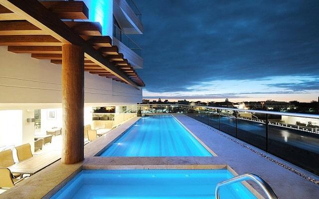 Hotel Holiday Inn Express Puerto Vallarta, noches inolvidables