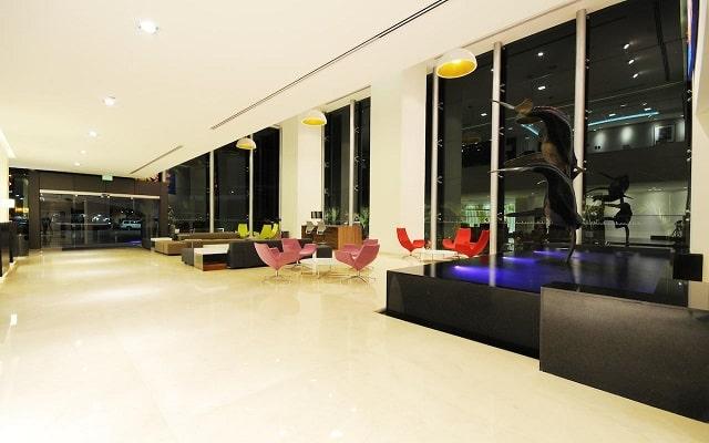 Hotel Holiday Inn Express Puerto Vallarta, buen servicio