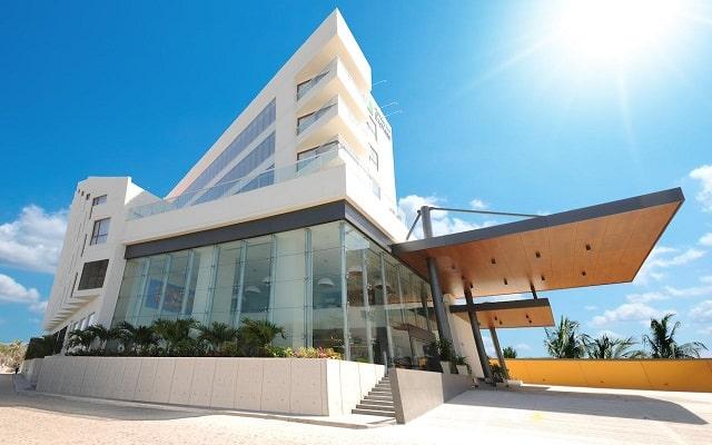 Hotel Holiday Inn Express Puerto Vallarta, buena ubicación