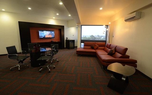 Hotel Holiday Inn México Dalí Aeropuerto, diseño y confort en cada sitio