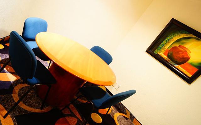 Hotel Holiday Inn Resort Acapulco, cuenta con centro de negocios y sala de juntas
