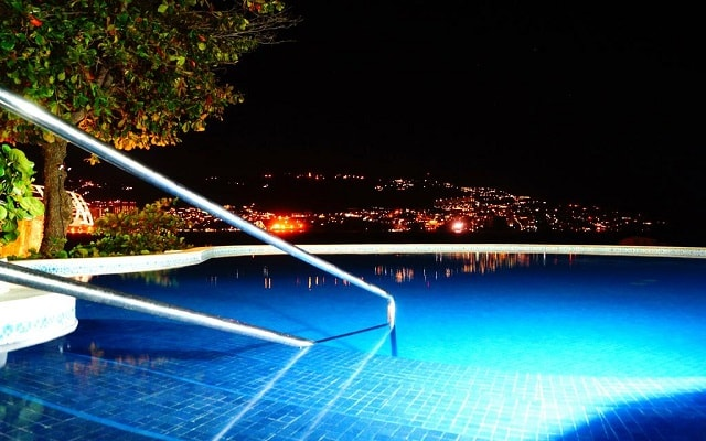 Hotel Holiday Inn Resort Acapulco, noches para recordar