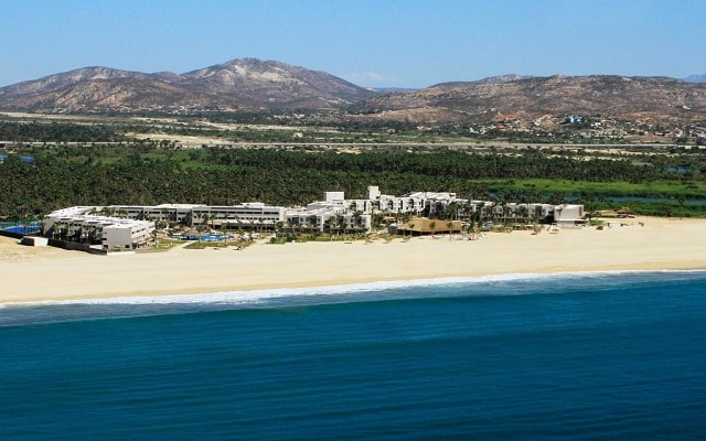 Hotel Holiday Inn Resort Los Cabos All Inclusive, acceso directo a la playa