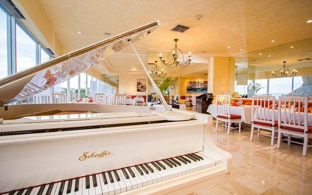 Hotel HS HOTSSON Smart Acapulco, lujo y diseño