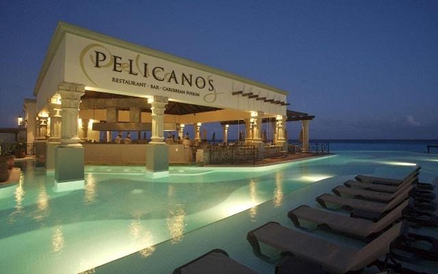 Hotel Hyatt Zilara Cancún, disfruta una copa en el bar