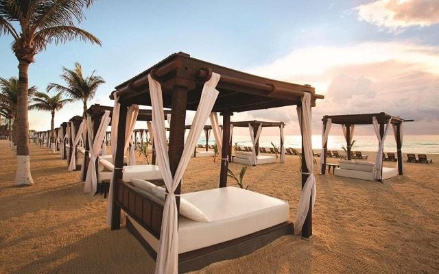 Hotel Hyatt Zilara Cancún, disfruta la playa