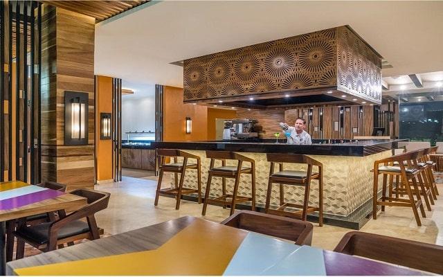 Hotel Hyatt Ziva Puerto Vallarta All Inclusive Resort, servicio de calidad