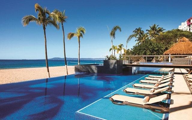 Hotel Hyatt Ziva Puerto Vallarta All Inclusive Resort, ubicado a pie de playa