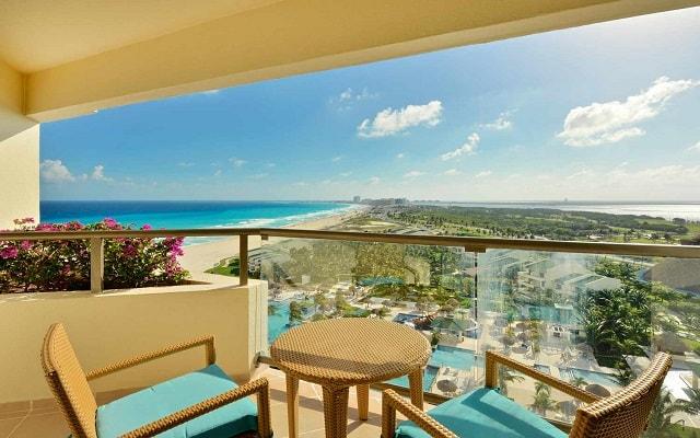 Hotel Iberostar Cancún, disfruta el Caribe