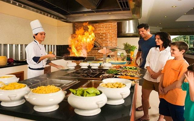 Hotel Iberostar Cancún, gastronomía de calidad