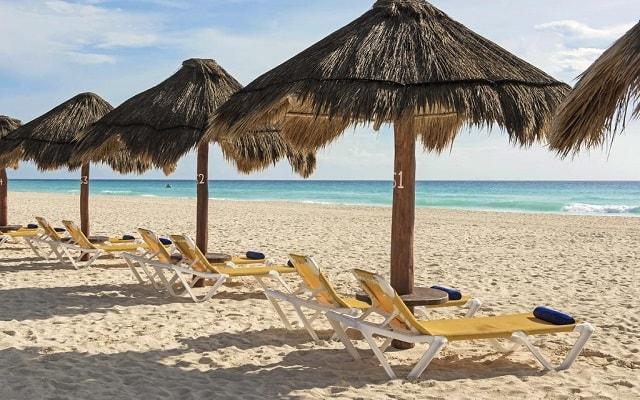 Hotel Iberostar Cancún, disfruta de la playa con el mejor servicio